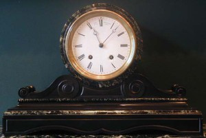 Green and black marble mantel clock