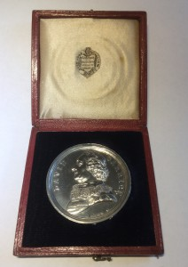 Silver portrait medal of David Garrick