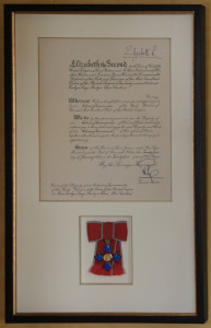 Evelyn Laye's CBE<br>Evelyn Layes' CBE