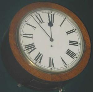 Barrel wall clock
