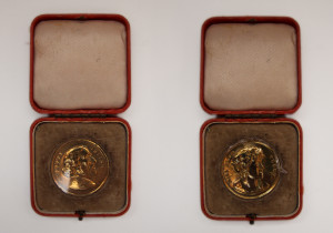Medallion with heads of Sir Henry Irving & Ellen Terry
