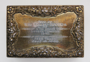 Snuff box used by Sir Henry Irving