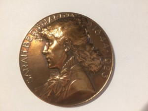 Sarah Bernhardt portrait medallion and signed carte de visite